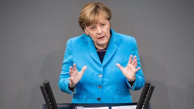 Merkel: walka z korupcją warunkiem inwestycji na Ukrainie