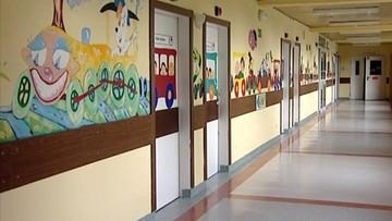 RPO upomina się standardy pobytu rodziców z dzieckiem w szpitalu