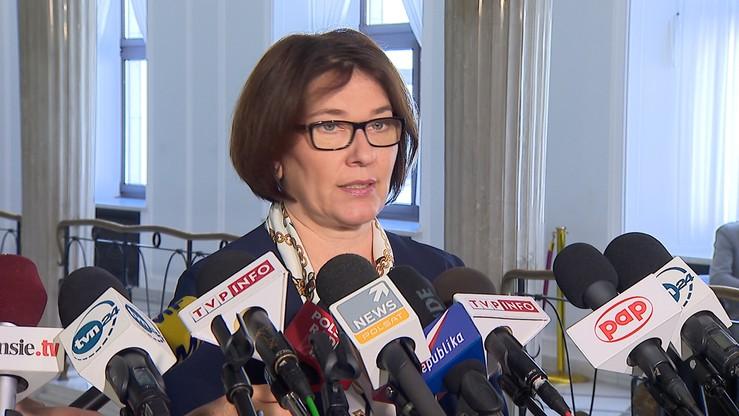 """""""Biuro Legislacyjne to nie Trybunał Konstytucyjny"""" - Beata Mazurek o wątpliwościach w sprawie KRS"""