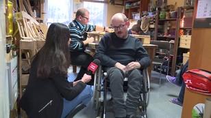 Niepełnosprawni bez zniżek na kolei? PiS chce zabrać ulgi - zresztą nie tylko im
