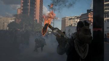 160 tys. protestujących w Wenezueli. Policja użyła gazu łzawiącego