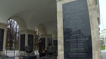 """09-11-2017 10:53 """"Na szczeblu państwowym upamiętniani są czekiści"""". Prezes ukraińskiego IPN o tablicach na Grobie Nieznanego Żołnierza"""