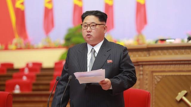 Władze USA ujawniają pilnie strzeżoną tajemnicę Korei Płn. - datę urodzenia Kim Dzong Una