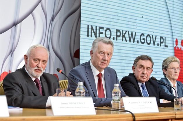PKW opublikowała obwieszczenie o zbiorczych wynikach do rad