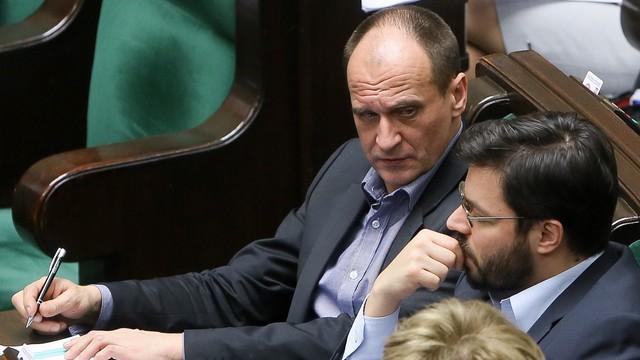 Kukiz'15: już blisko 100 tys. podpisów pod wnioskiem ws. referendum dot. imigrantów
