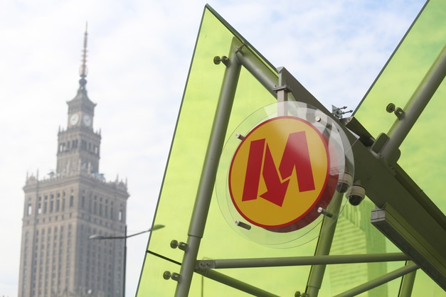 Warszawa: pasażerowie mogą korzystać z II linii metra
