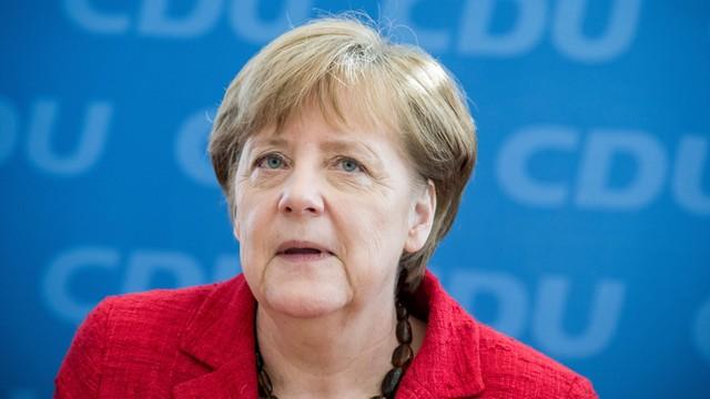 64 procent Niemców popiera reelekcję Merkel na kanclerza