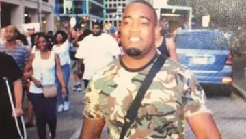 08-07-2016 11:09 Pięciu policjantów zastrzelonych przez snajperów w Dallas