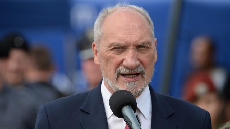 Macierewicz: nie ma żadnego dokumentu potwierdzającego zrzeczenie się reparacji od Niemiec