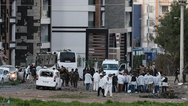 Turcja: wybuch na dworcu autobusowym. Zginęli policjanci