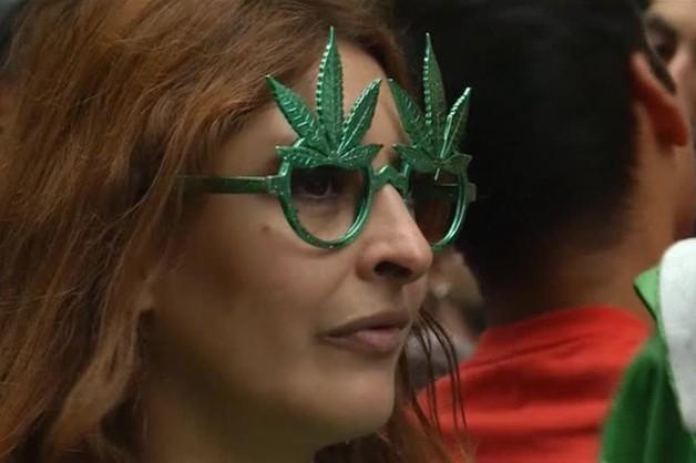 USA: wbrew Kongresowi od czwartku w Waszyngtonie wolno palić marihuanę