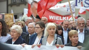 10-06-2017 21:27 Kaczyński: ekshumacje pokazują bezmiar barbarzyństwa ówczesnych polskich władz