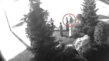 02-06-2017 17:24 Chciał zapozować do zdjęcia, urwał głowę figurce zakonnika