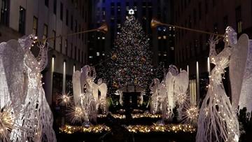 Na choince przed Rockefeller Center zapłonęły światła