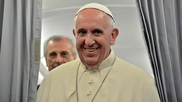 Papież: pokojowe współżycie różnych narodów i religii jest możliwe