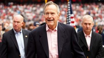 18-01-2017 09:29 Były prezydent George H.W. Bush trafił do szpitala