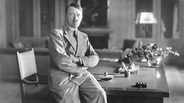 Austria: Mężczyzna podobny do Hitlera aresztowany za gloryfikację nazizmu