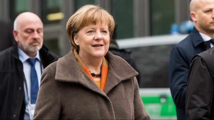"""""""To już jasne: idziemy razem do wyborów"""". Bawarska CSU poparła kandydaturę Merkel na kanclerza"""