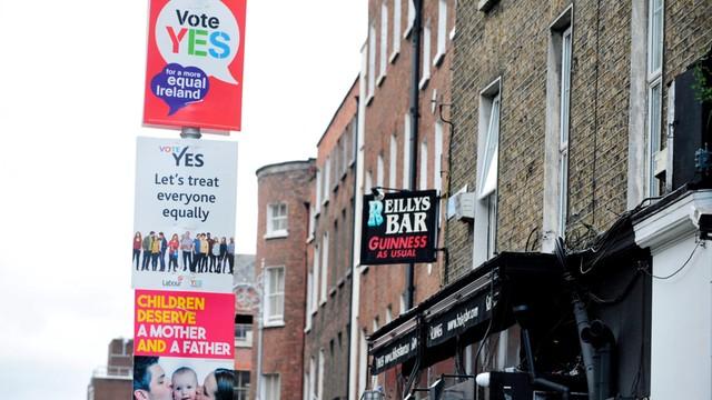 Irlandia: referendum w sprawie małżeństw jednopłciowych - pierwsze takie na świecie