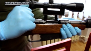 Karabiny maszynowe, broń krótka i amunicja - w 2016 r. padł rekord wykrytej nielegalnej broni
