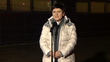 """17-02-2017 19:03 """"Mogę wrócić do domu"""". Beata Szydło opuściła szpital"""