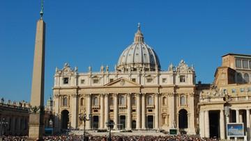25-11-2015 21:14 Media: papież upoważnił do aresztowania podejrzanych w aferze Vatileaks