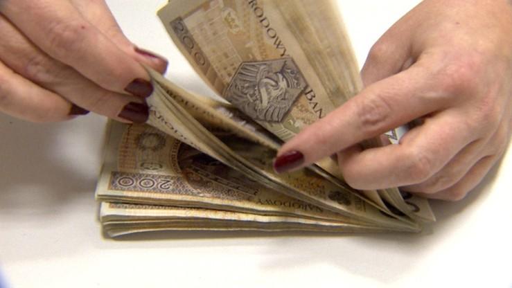 Zamieszanie wokół pieniędzy z OFE. Przeniosą, podzielą