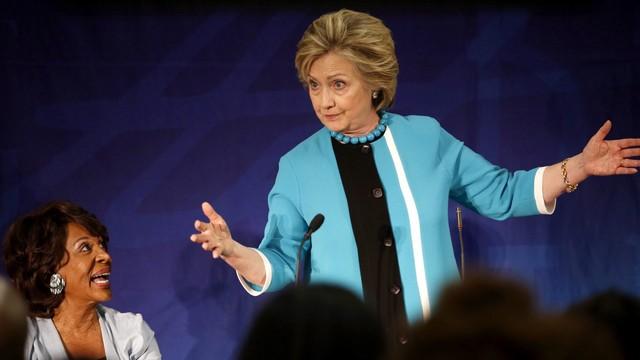 USA: poparcie dla Clinton i Trumpa niemal równe