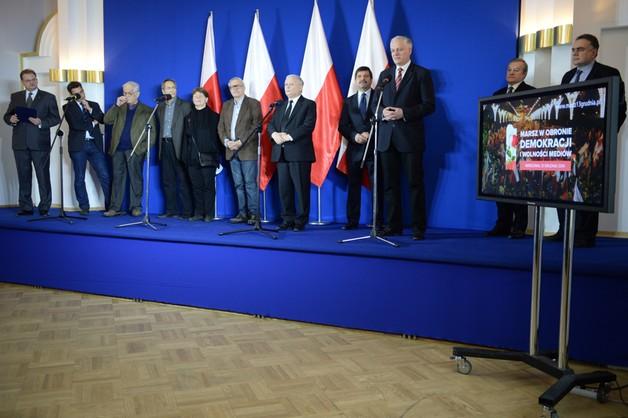 Marsz przeciwko fałszowaniu wyborów - Kaczyński zaprezentował komitet