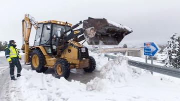 20-01-2017 11:35 Hiszpania zasypana śniegiem. Na drogach utknęły tysiace ludzi