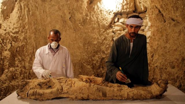Sensacyjne odkrycie egipskich archeologów. Znaleziono mumię ważnej osobistości sprzed 3,5 tysiąca lat