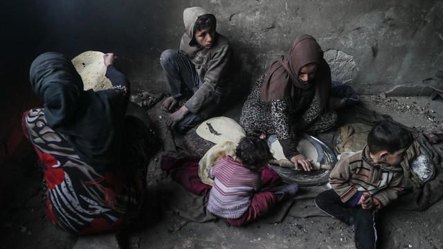 Syria: Ewakuacja chorych z oblężonej enklawy w pobliżu Damaszku