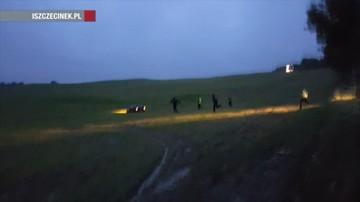 Policjanci ścigali po polu tico. Kierowca nigdy nie miał prawa jazdy