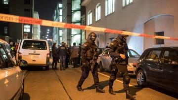 19-12-2016 22:46 Trzech rannych w strzelaninie w ośrodku islamskim w Zurychu. Trwa pościg