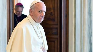 Papież: spotkanie z uchodźcami rozprasza strach i wypaczone ideologie