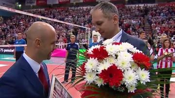 2017-04-23 Piękne pożegnanie trenera Kowala na Podpromiu (WIDEO)