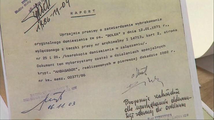 "SB w 1986 r. niszczy donos ""Bolka"" z 1971 r."