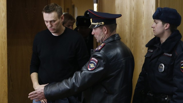 Rosja: opozycjonista Aleksiej Nawalny wyszedł z aresztu