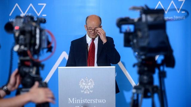 Bohaterowie seriali będą uczyć Polaków dbania o zęby - zapowiada minister zdrowia