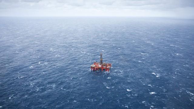 4 tys. osób straci pracę przez... niską cenę ropy