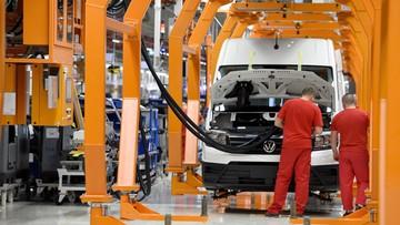 24-10-2016 13:13 Nowa fabryka Volkswagena w Polsce. Produkcja ma wynieść 100 tys. aut rocznie