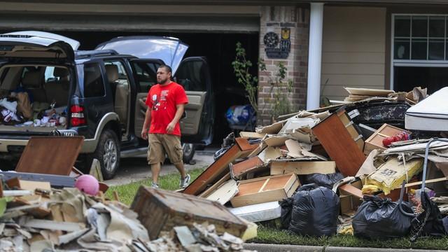 USA: Po huraganie Harvey 560 tysięcy rodzin ubiega się o pomoc mieszkaniową