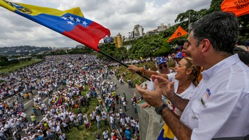 27-10-2016 07:07 140 zatrzymanych, zabity policjant. Antyrządowe protesty w Wenezueli