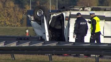 10-11-2016 11:00 Wypadek na drodze ekspresowej w Pyrzycach. Nie żyje kierowca