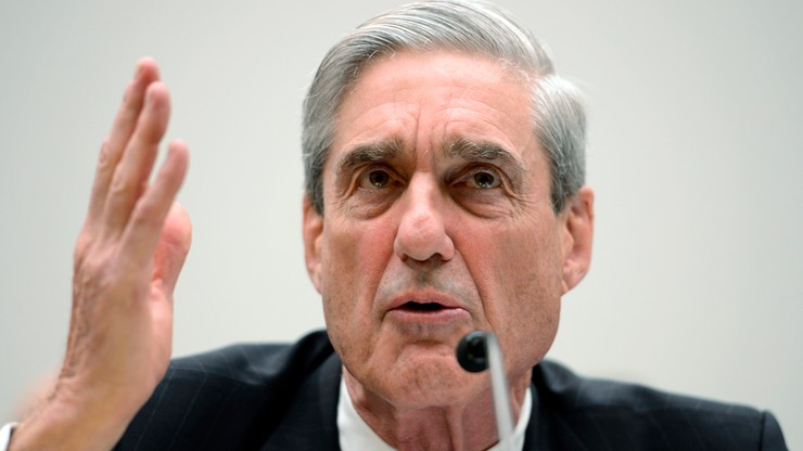 Były dyrektor FBI specjalnym prokuratorem ds. śledztwa Trump - Rosja