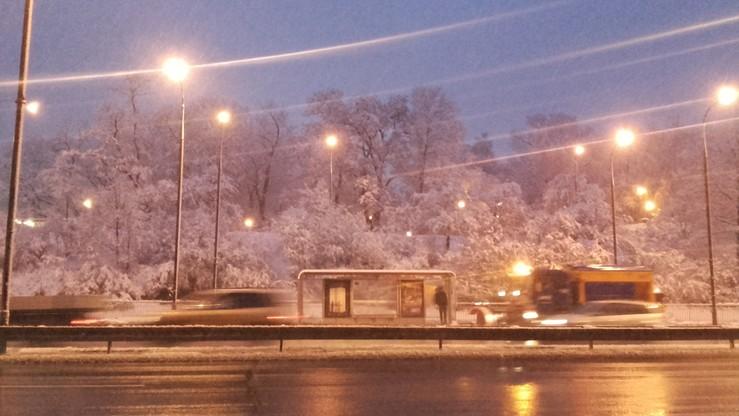 2016-12-02 Poranek w Warszawie. Po kostki w mokrym śniegu