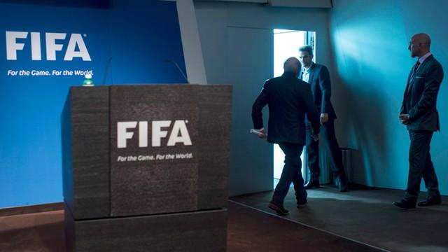 Afera FIFA - FBI bada również sprawę przyznania MŚ 2018 i 2022
