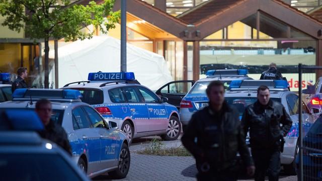 Niemcy: Starcia w ośrodku dla uchodźców w Hamburgu