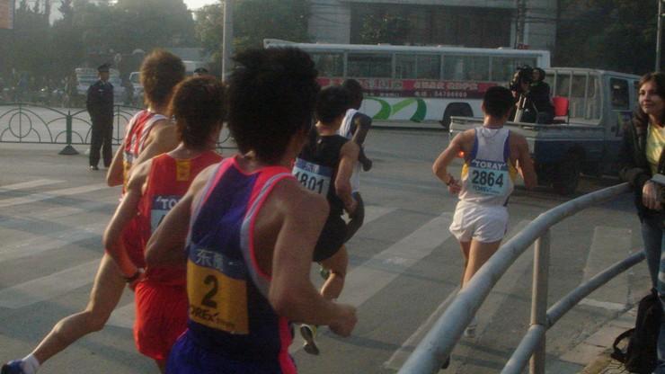 Oszustwo w półmaratonie w Chinach wykryte po śmierci zawodnika