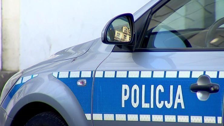 Potrącił kobietę i uciekł. 23-latek zatrzymany przez policję
